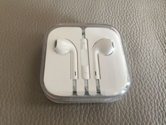 Auriculares Apple Earpods - RESERVADO