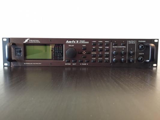 AXE-FX II + MFC-101 Mark II + Pedal de expresión Roland EV-5 + ...
