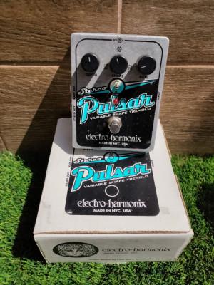 Stereo Pulsar Tremolo Electro Harmonix