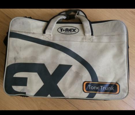 T-Rex ToneTrunk 55 Pedalboard