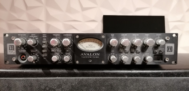 Avalon 737 sp black special edition