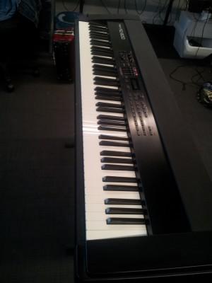 Roland RD 600