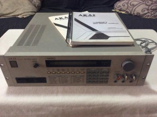 AKAI s-950