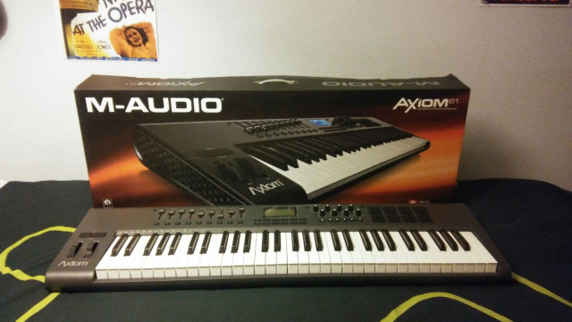 Teclado Axiom 61 Mk-II M-Audio USB/Midi