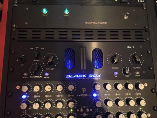Saturador de mastering Black Box Analog Design HG-2 a válvulas.