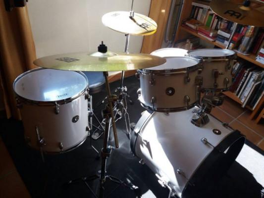 batería acústica  Tama NUEVA