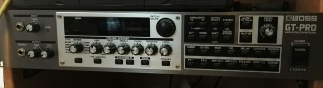 Boss GTPRO + Controlador Midi Rocktron
