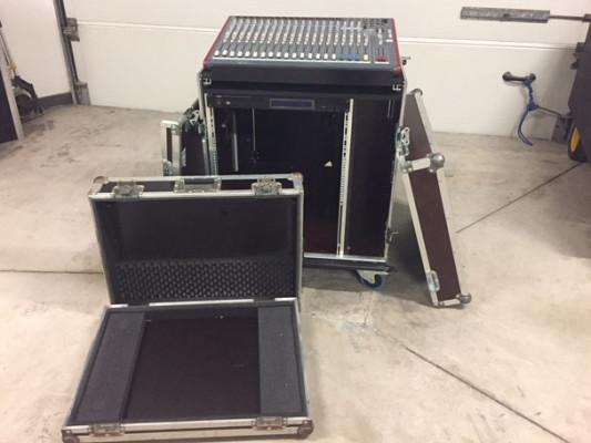 Mesa Allen & Heath ZED-22FX + Flightcase Rack+Reproductor+Case