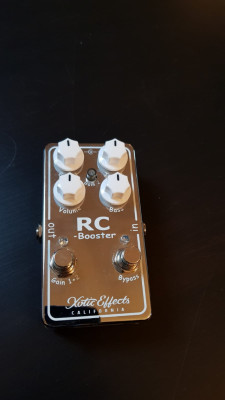 pedal guitarra overdrive Xotic RC Booster V2