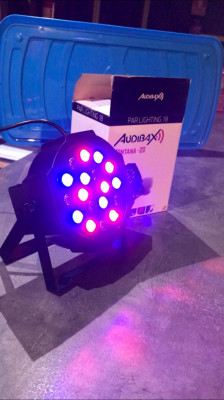 FOCOS LED AUDIBAX MONTANA 20 X 3