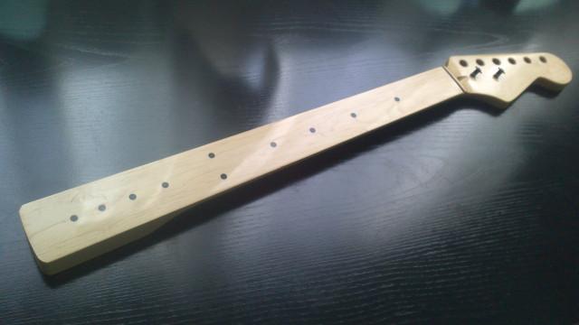 Mastil stratocaster fretless