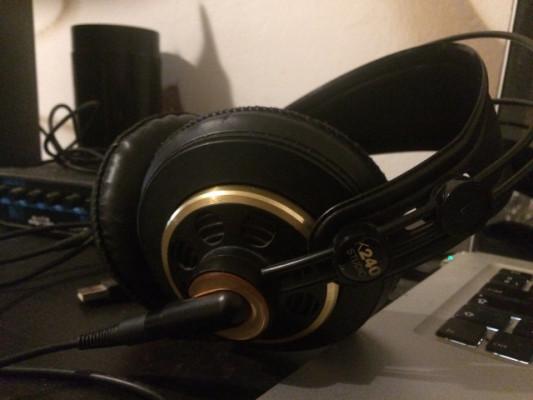 Auriculares AKG K 240 Studio