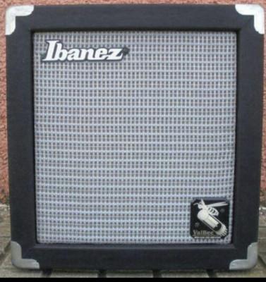 Amplificador a válvulas de 5w Ibanez Valbee modificado