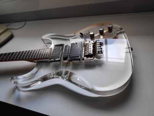 Guitarra de metacrilato Vantage 90's