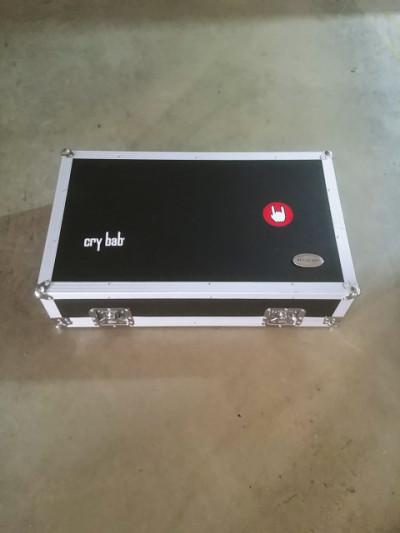 Hard case o Flight case pedales Warwick