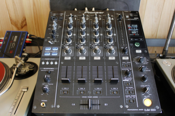 PIONEER DJM 850