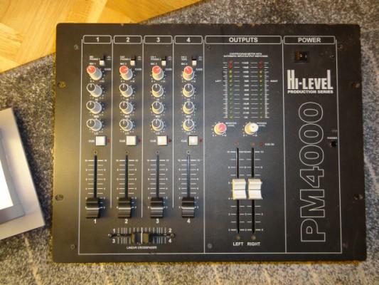 Mesa de mezclas Hi-Level PM4000