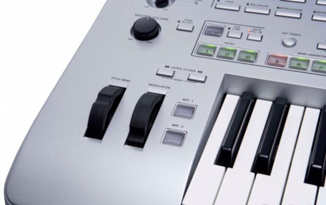/teclado-yamaha-tyros-3