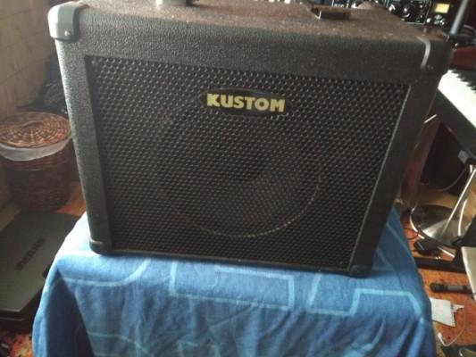 Amplificador para bajo Kustom KBA 30 (30W).