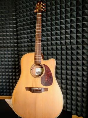 Guitarra acústica Takamine EAN10C. Alta gama.