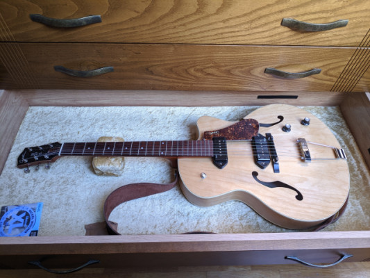 Godin 5th Kingpin II p90