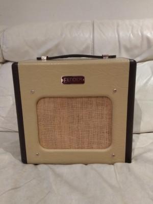 Fender champion 600 modificado