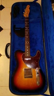 Vendo o cambio Fender Telecaster Acoustasonic . como nueva 590 e.