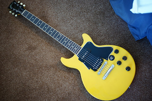Gibson dc special yellow 90