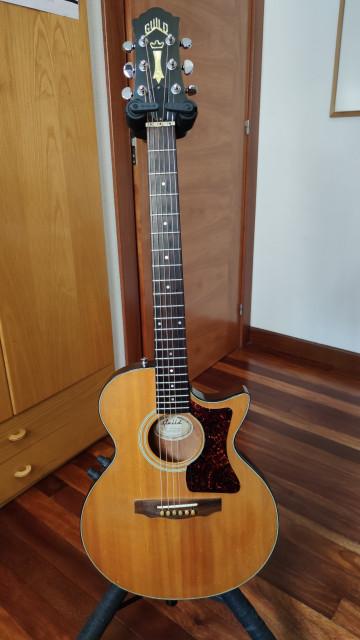 Guitarra acústica Guild S4CE-NT