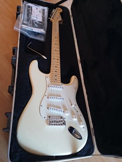 Fender stratocaster american standart USA