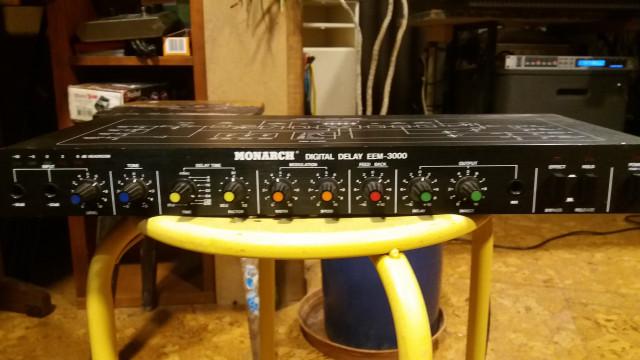 Monarc Digital Delay EEM-3000