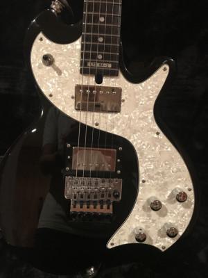 Ritchie Sambora Signature Guitar ESP SA2 tuneada (rebaja)