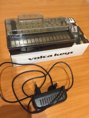 RESERVADO Korg VolcaKeys+Decksaver+cargador