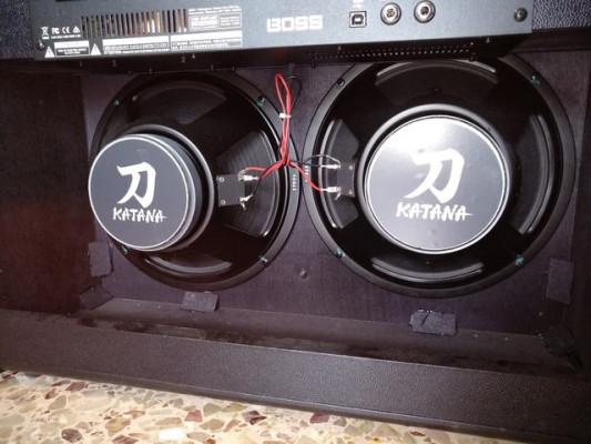 Katana Boss 100W 212 con pedal conmutador (reservado)