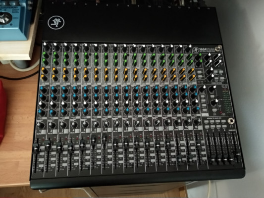 "Mackie 1604 VLZ4  ""mint condition"" con extras"