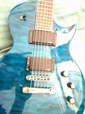Guitarra LTD ec200qm turquesa