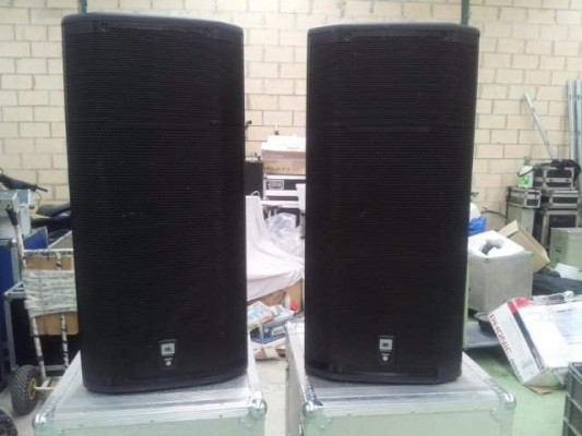2 JBL PRX 635