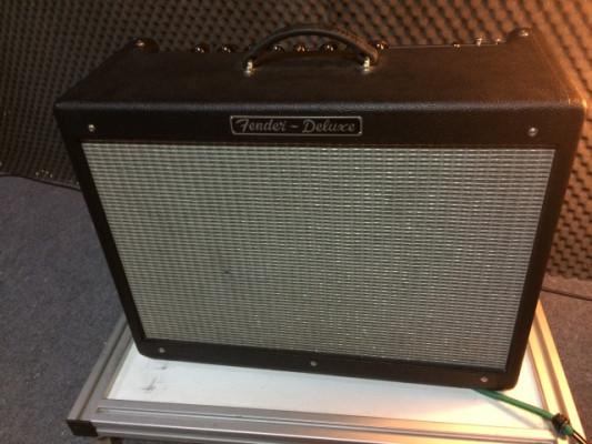 Fender Hot Rod Deluxe II (la mejor serie) - con funda y pedal incluido