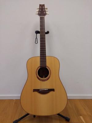 Guitarra acústica LAG Winter  GLA 400D dreadnought