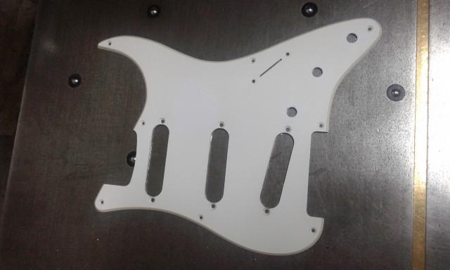 O cambio Golpeador Fender Stratocaster original