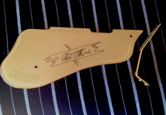 GRETSCH Chet Atkins pickguard  GOLD