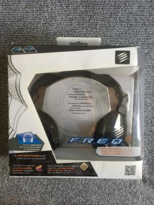 (o cambio) Auriculares de gaming MAD CATZ F.R.E.Q. 5