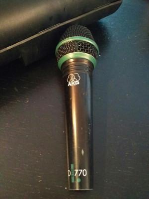 Micrófono AKG D770