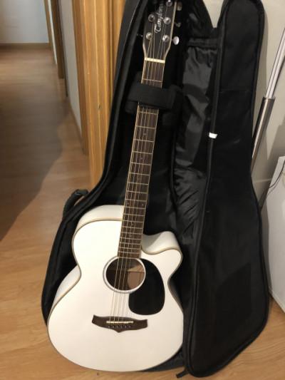 Guitarra electroacustica tanglewood