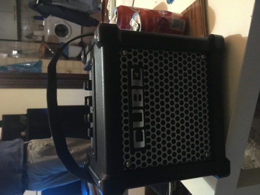 ROLAND MICRO CUBE GX (amplificador de guitarra)