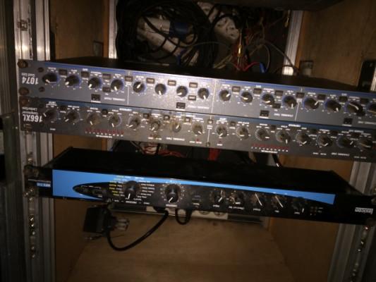 Puerta de ruido cuádruple Dbx 1074
