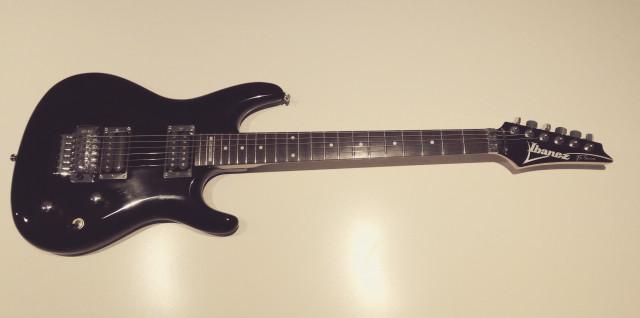 Ibanez Joe Satriani 100