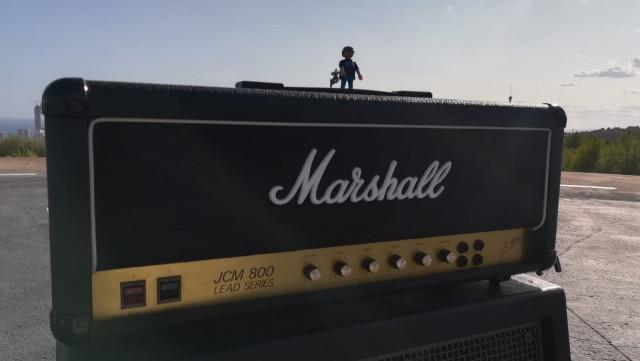 Marshall JCM 800 Lead Series MKII(+  flight case)
