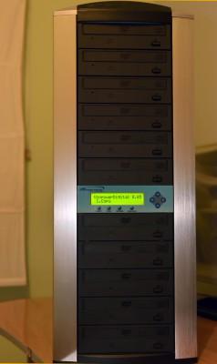 TORRE grabador para 10 CDs o 10 DVD simultaneamente