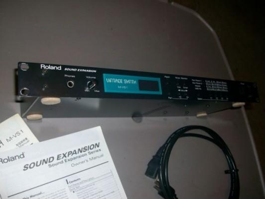 Roland M-VS1 rack